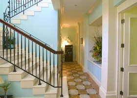 Stairhall2